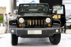 Neuer Jeep lizenzfreie stockfotografie