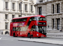 Neuer London-Bus Lizenzfreies Stockfoto