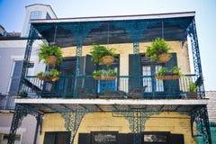 Neuer Orleans-französisches Viertel-Balkon Stockbilder