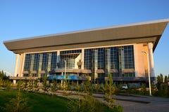 Neuer Tennisverein in Astana lizenzfreies stockbild