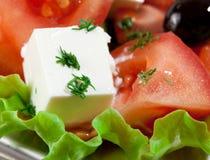 Neuer und gesunder Abschluss herauf Griechenland-Salat Lizenzfreie Stockbilder
