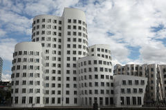 Neuer Zollhof in Dusseldorf, Duitsland Stock Foto's