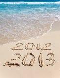 Neues 2013. Die Welle wäscht weg eine Beschreibung 2012 Stockfoto