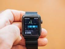 Neues Apple passen Schritt-APP-Pedometer-APP der Reihe 3 auf Stockbild