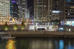 Neues Apple Store in der Stadt Stockfotos