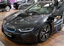 Neues elektrisches Automobil BMWs i8 angezeigt an der 3. Ausgabe von MOTO-ZEIGUNG in Krakau polen Lizenzfreie Stockfotos