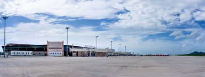 Neues Fluggastterminal internationalen Flughafens U-Tapao Rayong-Pattaya lizenzfreie stockfotos