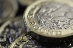Neues Großbritannien ein-Pfund-Münzen Lizenzfreie Stockfotografie