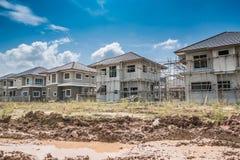 Neues Haus des Baus laufend an der Baustelle Lizenzfreies Stockfoto