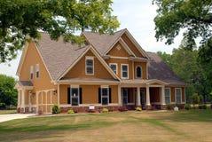Neues Haus für Verkauf Stockfotos