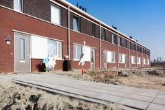 Neues Haus mit Storch Stockfotografie