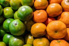 Neues, helles, süßes Grün und Mandarine stockfoto