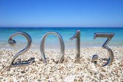 Neues Jahr 2013 auf dem Strand Stockbild