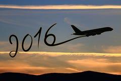 Neues Jahr 2016, das mit dem Flugzeug zeichnet Stockbilder