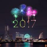 2017 neues Jahr-Feuerwerke über Jachthafen bellen in Yokohama-Stadt, Japan Lizenzfreie Stockbilder