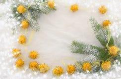 Neues Jahr ` s Dekorationen, Orange, Grün, Gold und Weiß Lizenzfreie Stockfotos
