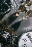 Neues Jahr 2017 ` s Eve Grunge Background With Champagne und Disco B Stockfoto