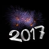 Neues Jahr ` s Eve 2017 mit Feuerwerken stockfotografie