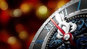 Neues Jahr ` s um Mitternacht - alte Uhr mit Sternschneeflocken und -Lichterkette stock video footage