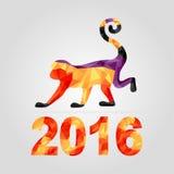 Neues Jahr 2016, Symbol des roten Affen gemacht von den Dreiecken auf dem silbernen Hintergrund Weihnachtshintergrund, Dreieckmus Stockfotografie