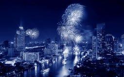 Neues Jahr 2016, Thailand Feuerwerke ` Bangkoks Lizenzfreie Stockfotos