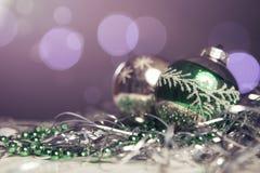 Neues Jahr- und Weihnachtsgrußkartensaisonalzusammensetzung mit t Stockfotografie
