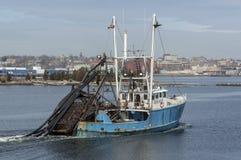 Neues Meer Rover Clammer auf Acushnet-Fluss stockbilder