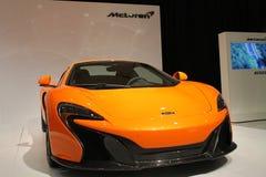 Neues orange britisches Superauto Lizenzfreie Stockfotos