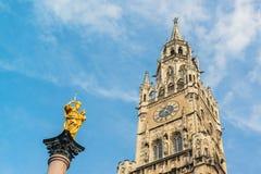 Neues Rathaus Marienplatz Munchen Lizenzfreie Stockfotos