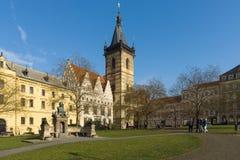 Neues Rathaus. Prag. Stockfotos