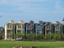 Neues Rooflines halten, auf der Landschaft zu erscheinen lizenzfreie stockfotografie