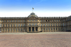 Neues Schloss新的城堡 18世纪的宫殿在巴洛克式的样式的在德国,斯图加特 库存照片