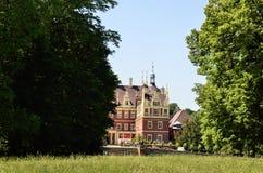 Neues Schloss in falschem Muskau Stockfotos
