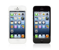 Neues Schwarzweiss-Apple iPhone 5 Stockbilder