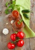 Neues selbst gemachtes Salsa-Bad stockfotos