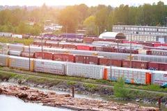 Neues Westminster, Kanada, am 2. Mai 2019: Kanadischer Schienen-Leitartikel lizenzfreies stockfoto