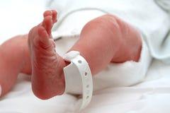 Neugeboren bezahlt stockbilder