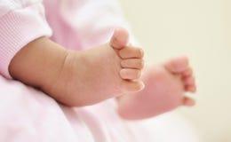 Neugeborene Füße Lizenzfreie Stockbilder