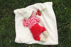 Neugeborenes Mädchen stockfotos