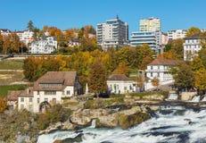 Neuhausen morgens Rheinfall in der Schweiz Stockbilder
