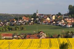 Neukirchen in de Zomer Stock Afbeelding