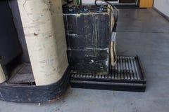 Neuladen elektrisch für Gabelstapler, Ladegerät und Förderer stockbild