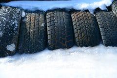Neumático con hielo Fotos de archivo libres de regalías