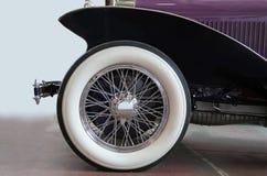 Neumático de coche de la vendimia Fotografía de archivo libre de regalías