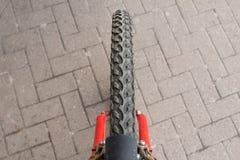Neumático de la bicicleta Fotos de archivo