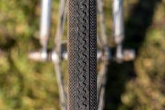 Neumático de la bicicleta de la simetría Imagen de archivo libre de regalías