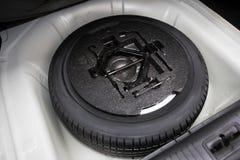 Neumático de repuesto Fotos de archivo