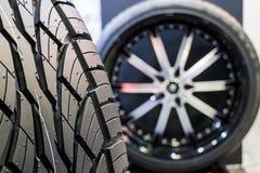 Neumático de rueda imagenes de archivo