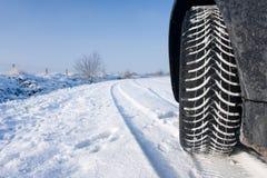 Neumático del invierno de la nieve Foto de archivo libre de regalías