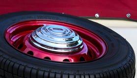 Neumático viejo del coche Imagen de archivo libre de regalías